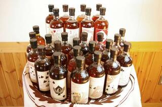 和製ウイスキー、約1億円で落札